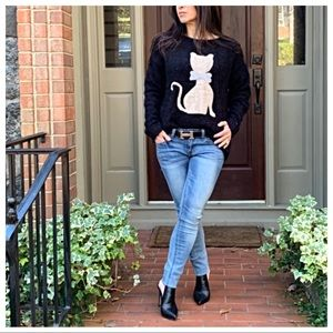 Sweaters - ✨PARIS✨Fuzzy chic cat sweater